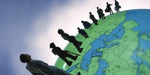 Brasileiros Com Bens No Exterior E Estrangeiros (Expatriados)